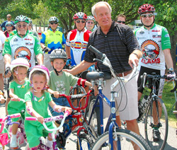Mayor and youth bike ride