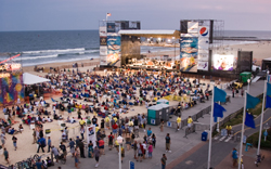 Virginia Beach Oceanfront Festival Goers By The Thousands Love Eal Of Being Outdoors On With Atlantic Ocean Providing Perfect